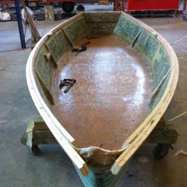 Rénovation d'une barque de pêche